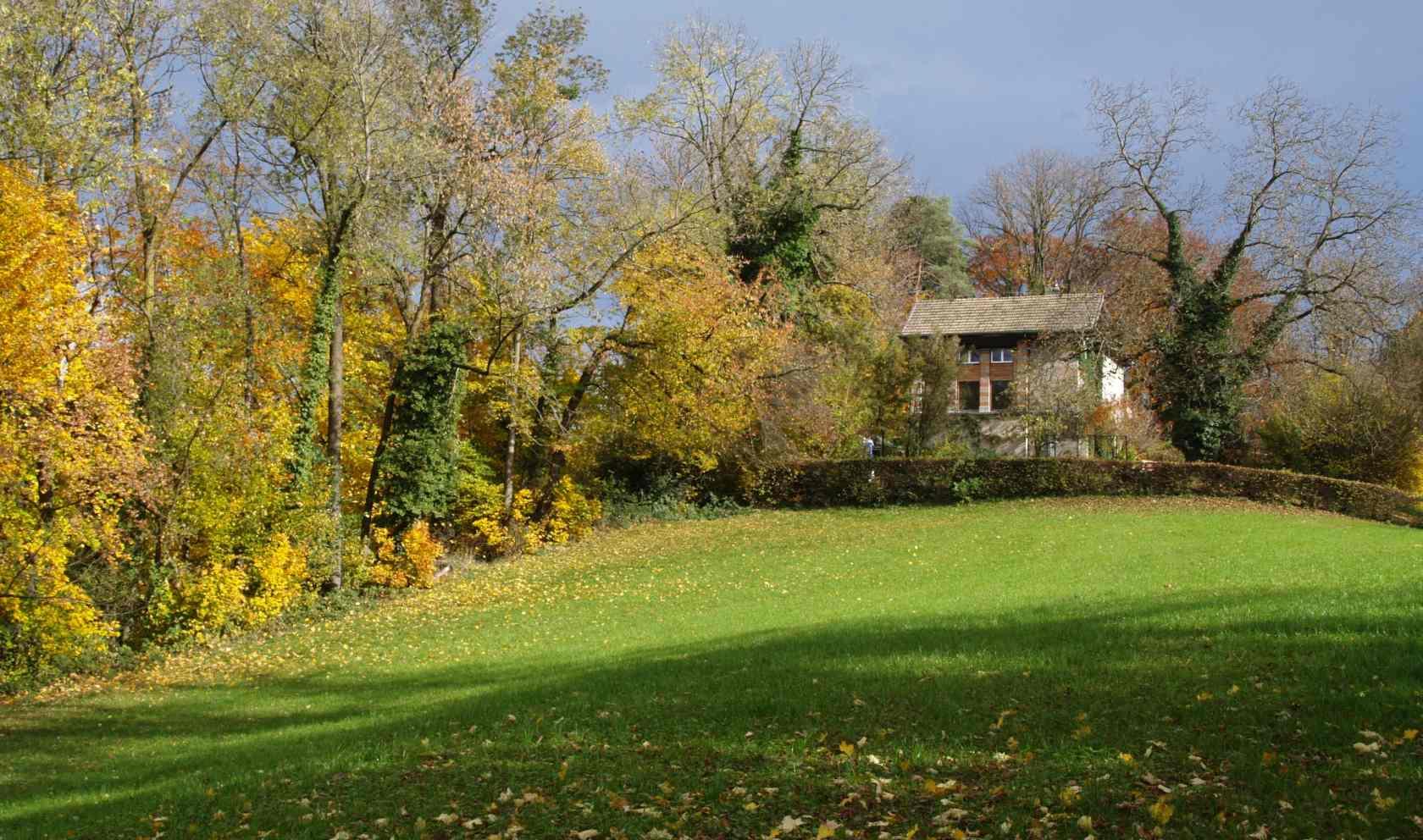 2010   2018 Garden Villa, Lucerne.